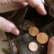 DARUM könnten die Rentenbeiträge jetzt steigen (Foto)