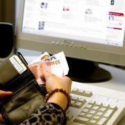 Online-Einkäufe werden immer beliebter, gerade zur Weihnachtszeit.