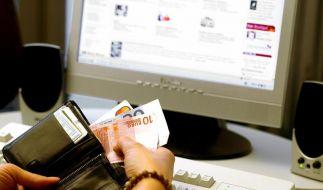 Online-Einkäufe werden immer beliebter, gerade zur Weihnachtszeit. (Foto)