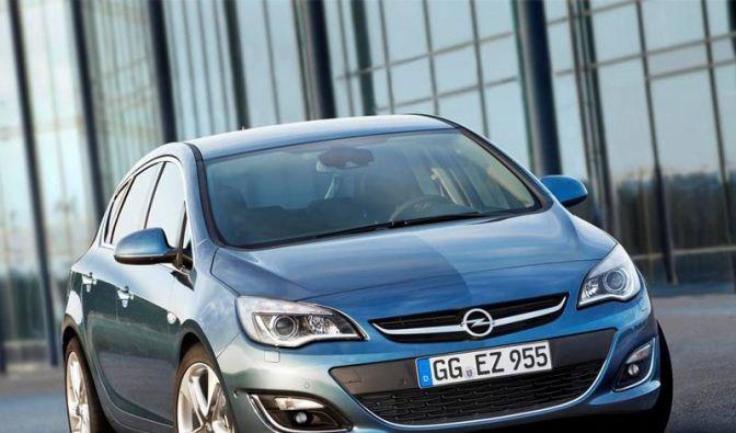 Opel frischt Astra auf: Neue Motoren und Assistenten (Foto)