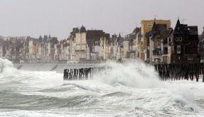 Orkan «Joachim» teils mit Windstärke 12 unterwegs (Foto)