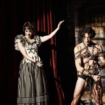 Oscargewinner Adrien Brody brilliert in der Rolle des Houdini in der gleichnamigen Miniserie. (Foto)