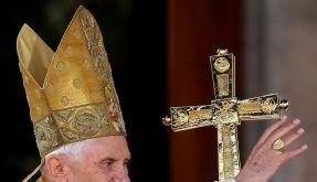 Papst Benedikt XVI. kommt 2011 nach Deutschland - und lockert das Kondom-Verbot. (Foto)