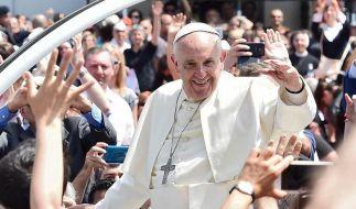 Papst Franziskus scharf auf Coca-Blätter