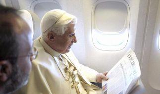 Papst nach Afrika gestartet (Foto)