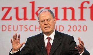 Peer Steinbrück positioniert sich in der K-Frage. Und schießt sich mit seinem Finanzkonzept auf die Banken ein. (Foto)