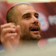 Pep Guardiola musste sich bei der Pressekonferenz um die Fragen bezüglich ManCity winden. (Foto)