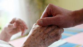 Pflegeheimwahl: Respekt und Freundlichkeit wichtig (Foto)