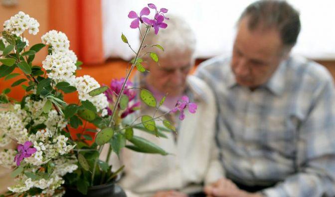Pflegende Männer werden wenig beachtet (Foto)