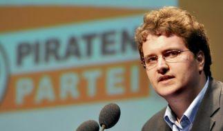Piratenpartei nach Polizeiaktion wieder online (Foto)