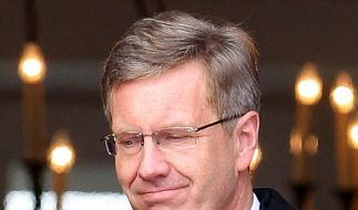 Politiker fordern Ehrensold-Verzicht von Wulff (Foto)