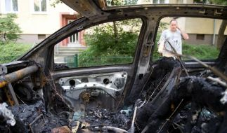 Polizei nimmt wieder zwei mutmaßliche Brandstifter fest (Foto)