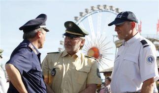Polizei Oktoberfest (Foto)