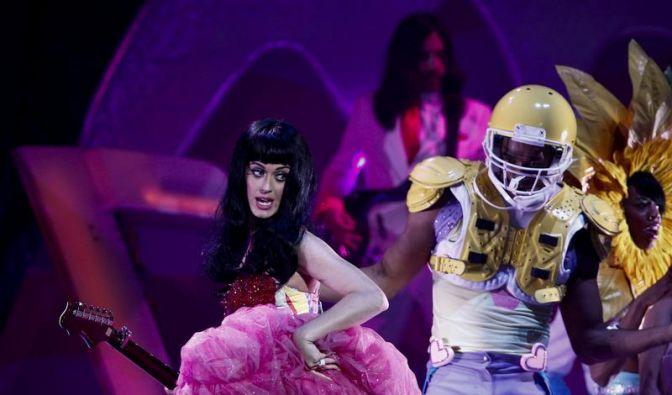 Pop-Star Katy Perry glaubt an Gott (Foto)