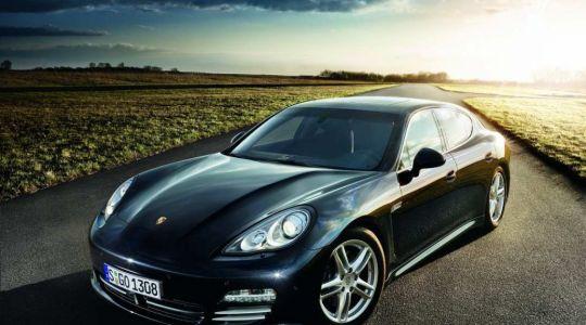 Porsche schickt Panamera GTS ins Rennen (Foto)