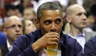 Präsident Barack Obama trinkt gern mal ein Bier - besonders gern sein eigenes Honig-Gebräu. (Foto)