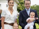 Prinzessin Victoria von Schweden und ihr Ehemann Prinz Daniel - hier mit den gemeinsamen Kindern Estelle und Oscar - sollen sich Gerüchten zufolge auf ein drittes Baby freuen. (Foto)
