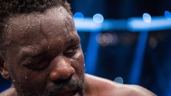 Profiboxer Dereck Chisora steht am Samstag, dem 04.11.2017, gegen Agit Kabayel im Ring.