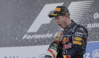 Prost! Sebastian Vettel ist in der zweiten Saisonhälfte in Fahr- und Feierlaune gekommen. (Foto)