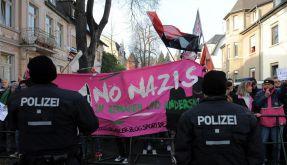 Protest gegen Neonazi-Aufmarsch in Remagen (Foto)