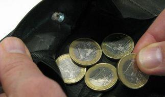 15,6 Prozent der Deutschen verdient weniger als 60 Prozent des Durchschnittsgehalts. (Foto)