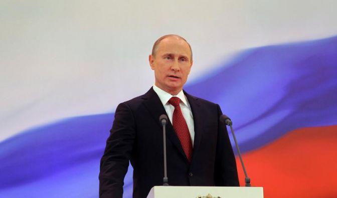 Putin ist wieder Kremlchef (Foto)