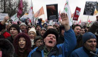 Putin reagiert zurückhaltend auf Massenproteste (Foto)