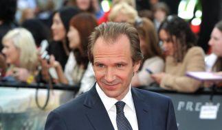 Ralph Fiennes trug beim Drehen Strümpfe (Foto)
