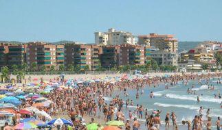 Rauchverbot in Spanien gilt nicht am Strand (Foto)