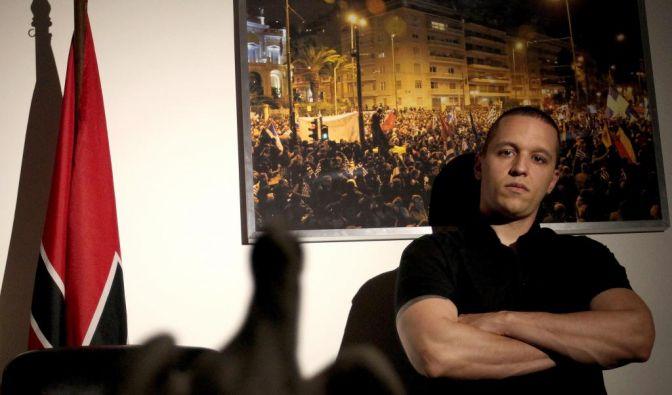 Rechtsextremist: Wenn Ilias Kasidiaris die Worte ausgehen, lässt er die Muskeln sprechen. (Foto)