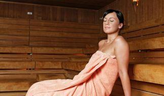 Regelmäßige Saunagänge können die Infektanfälligkeit positiv beeinflussen - wichtig ist aber auch das Kaltbad danach. (Foto)