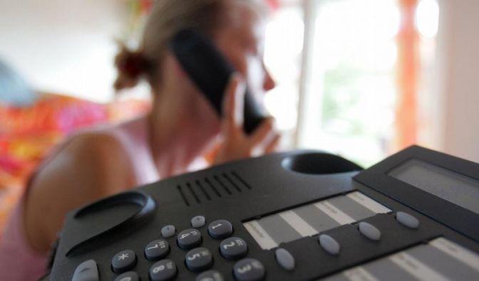 Regierung: Telefon-Warteschleifen bald kostenlos (Foto)