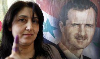 Regimetreue Syrer wählen Parlament: 28 Tote am Wahltag (Foto)