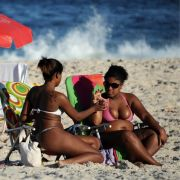 Nicht nur in Sachen Sonnenschutz sollten sich Urlauber auf eine Reise vorbereiten. Reisekrankheiten sind gefährlich.