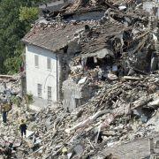 Giorgia (4) überlebt Erdbeben in den Armen ihrer toten Schwester (Foto)