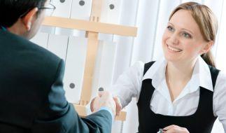Richtig bewegen im Bewerbungsgespräch (Foto)