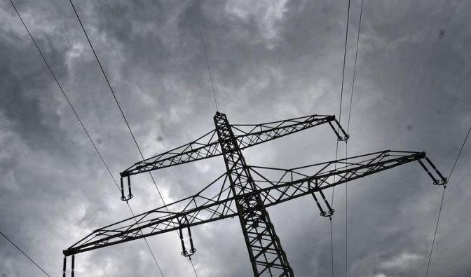 Rösler will beim Netzausbau mehr Macht für den Bund (Foto)