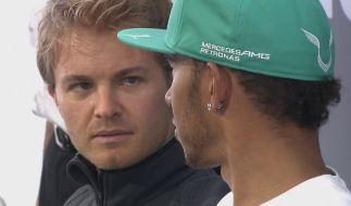 Rosberg und Hamilton crashen beim Spa-Spektakel. (Foto)