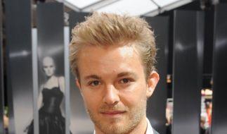 Rosberg:«Es ist nervig mit langen Haaren» (Foto)