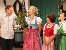 RTL-Kuppelfee Inka Bause lädt bei Bauer sucht Frau wieder zum Scheunenfest. (Foto)