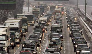 Rückreiseverkehr verstopft die Autobahnen (Foto)
