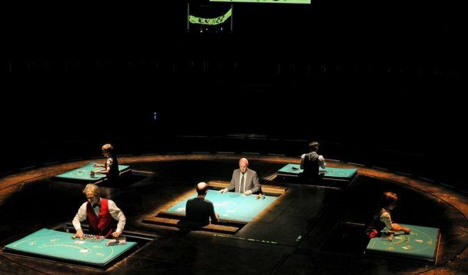 Ruhrtriennale: Theaterkünstler spielt mit den Karten (Foto)