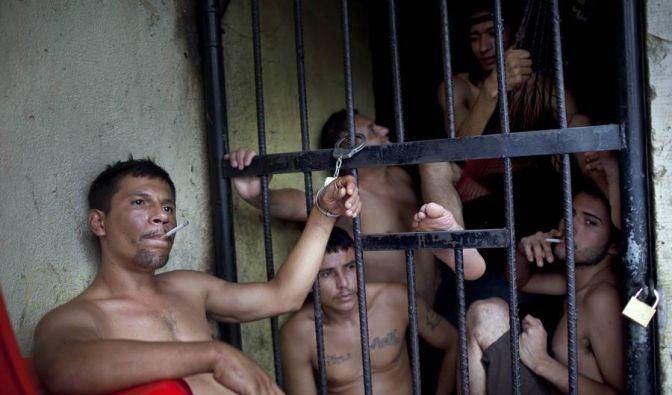 Rund 3000 Deutsche sitzen jedes Jahr in ausländischen Gefängnissen. (Foto)
