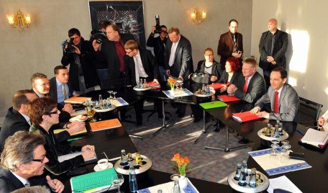 Saarland: Marathon-Sondierung über große Koalition (Foto)
