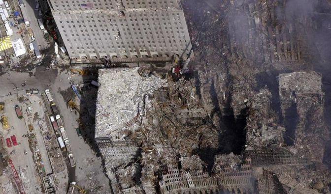 Sachbücher und Romane zu 9/11 (Foto)