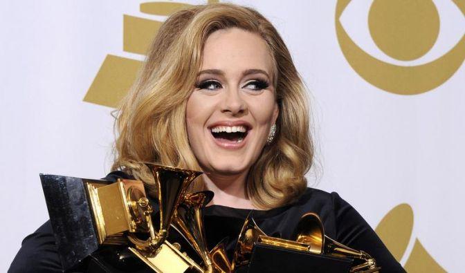 Sängerin Adele erwartet ihr erstes Kind (Foto)