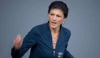 """Sahra Wagenknecht kritisiert den Einsatz der Bundeswehr in Syrien. """"Es gibt noch nicht mal Einigkeit, ob der Kampf gegen den 'Islamischen Staat' wirklich das wichtigste Ziel ist."""" (Foto)"""