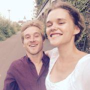 Samuel Koch hat seine Freundin Sarah Elena Timpe geheiratet. (Foto)