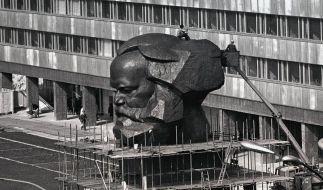 Sanierungsfall: Karl-Marx-Kopf in Chemnitz wird 40 (Foto)