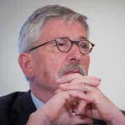 Kann das Zündeln nicht sein lassen: Thilo Sarrazin (SPD) bei der Vorstellung seines Buches Europa braucht den Euro nicht.
